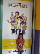 kenangan di depan Main Door tadika Bagdadi